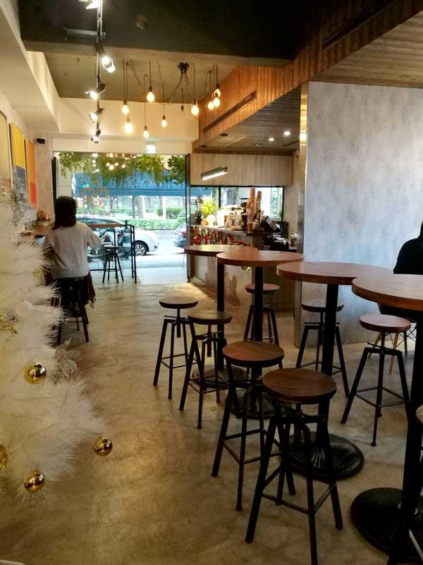 店内-Twin Brothers Cafe:台北東区でゆっくり読書ができるカフェ-idobon.com